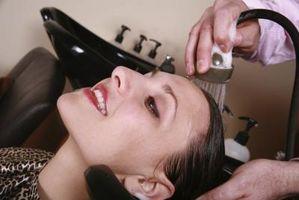 Cómo engrosar el cabello con henna