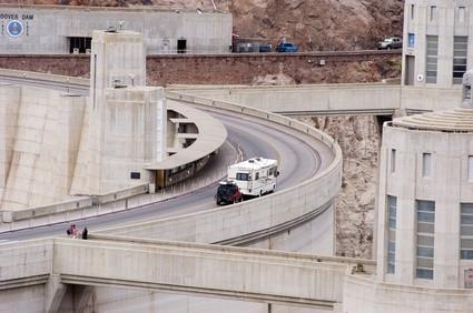 Restricciones de vehículos por la presa Hoover