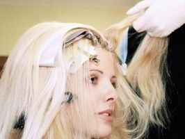 Cómo elegir el color derecho del pelo para usted
