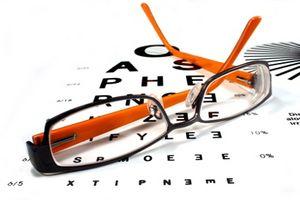 Cómo elegir monturas de gafas Halagador