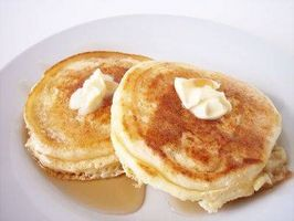 Cómo hacer mantequilla Pancakes