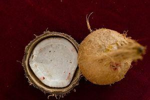 Usos del aceite de coco para la piel y el pelo