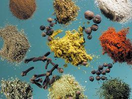 Diferentes tipos de especias y semillas