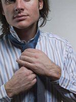 Las instrucciones sobre Atar una corbata