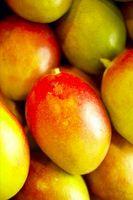 Cómo hacer un puré de mango para Martinis