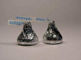 Cómo utilizar los besos de Hershey en una fuente de chocolate