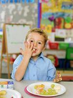 Una actividad para enseñar a niños en edad preescolar acerca de los alimentos de alrededor del mundo