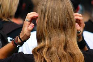 Cómo aplicar pelo falso