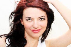 Cómo quitar Fucsia del color del flash de pelo