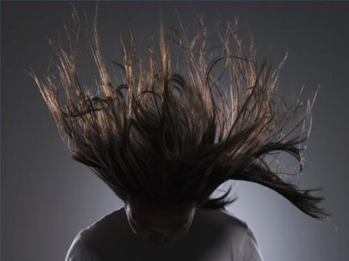 ¿Cómo hacer crecer el pelo más largo grueso