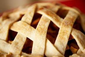 Cómo cocer al horno con arcilla Pie Pan