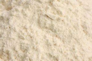 El almidón de maíz y bicarbonato de sodio para prevenir la regeneración del cabello