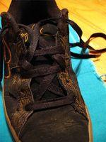 Cómo hacer estrellas con cordones de zapato