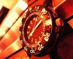 Las instrucciones para configurar un reloj de pulsera Atlético Obras