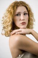 Peinados para adolescentes con pelo rizado grueso