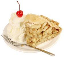 Ideas para la comida con pastel de manzana y helado