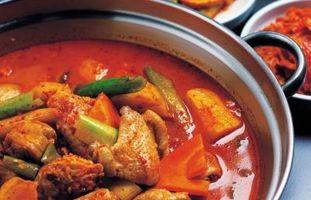 Cómo emparejar un vino con pollo al curry