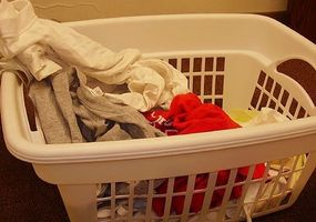 Cómo tomar el detergente de lavandería Manchas en