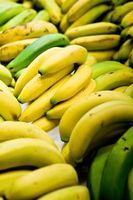 Cómo quitar la cáscara Desde el plátano