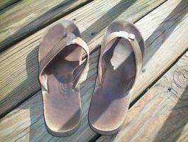 Cómo limpiar las sandalias del arco iris