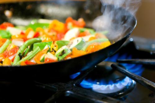 Salteado de verduras con salsa hoisin