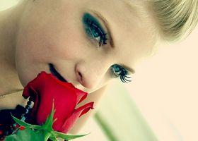¿Es la cirugía cosmética de la respuesta a las arrugas alrededor de los ojos?