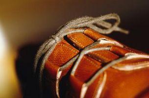 Cómo cuidar los zapatos de vestir con un cuero Suela