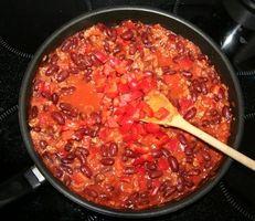 Cómo cocinar la carne molida de chile hecho en casa