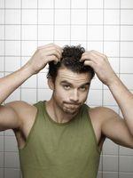 Cómo aplicar la crema batida de pelo masculino