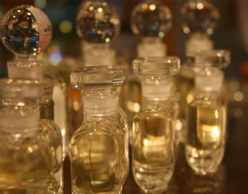 Cómo hacer perfume en la fiesta del balneario de las Niñas