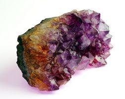 Las diferencias entre los cristales de corte de plomo y Cristales de cuarzo