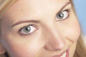Cómo jugar bien los ojos con menos maquillaje