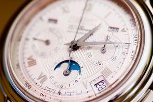 Cómo reparar un reloj Cyma