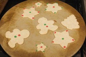 Cómo utilizar un horno de piedra para las galletas