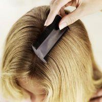 Cómo echar sal en el pelo para eliminar liendres pegajosas
