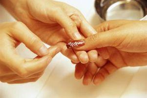 Cómo utilizar Art Deco esmalte de uñas