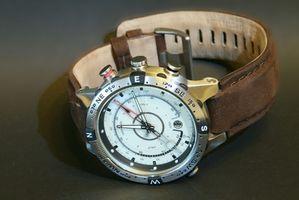 ¿Cómo se ajusta una venda de reloj de la hebilla?
