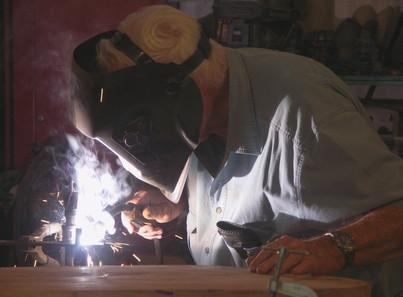 Cómo reparar agrietado sartenes de hierro fundido