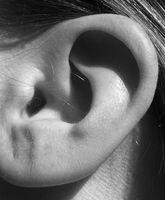 ¿Cómo deshacerse de los granos en los oídos