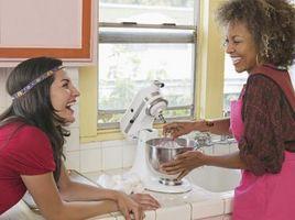 ¿Cuáles son las herramientas de cocina usado para la mezcla y torneado?