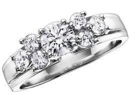 Cómo limpiar un diamante irradiado