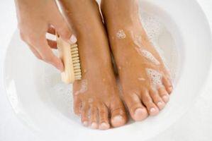 Cómo detener el olor del pie