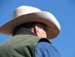 Cómo cambiar el tamaño de la forma y una pulsera de cuero del sombrero de vaquero