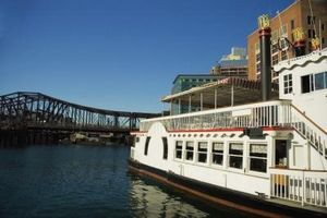 Viajes Lewis y Clark Riverboat