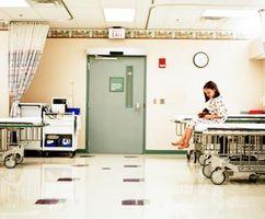 Cómo escribir una carta de Autorización de Tratamiento Médico para viajar con otra persona del niño