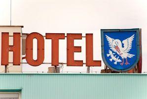 Cómo cambiar una puja de hotel a través de Priceline