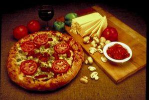 Cómo hacer pizza hecha en casa Sin Levadura