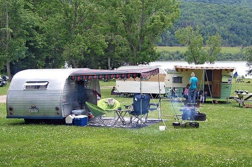 RV camping con los niños