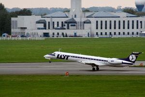 Cómo mantenerse ocupado en una Internacional o vuelo de larga distancia