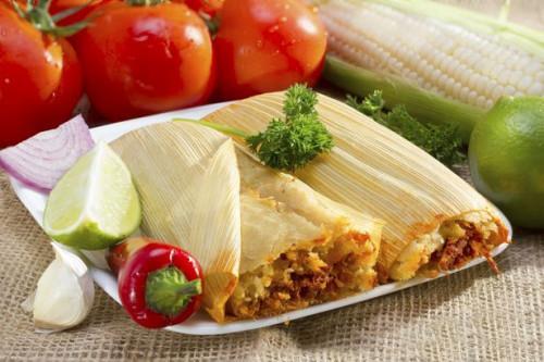 Cómo Vuelva a calentar frescos hechos Tamales